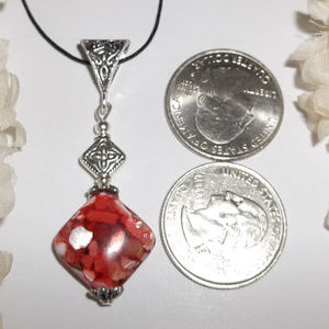 wvluckygirl Jewelry - Red MOP Necklace Adjustable Length Beaded NWT 4803